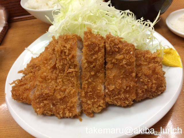 みんな大好き1,000円以下で食べられる絶品とんかつ☆山家 御徒町店