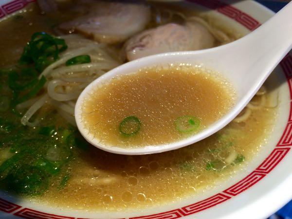 まろやか豚骨醤油スープ